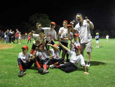 Comets U12 Grand Final Team Celebration1.jpg